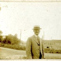Image of 2012.95 - Unidentified Man