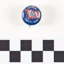 Image of 2013.21 - Fourth Liberty Loan pin