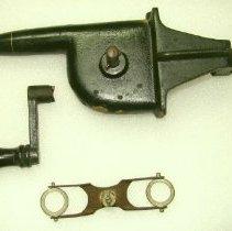 Image of 2013.27 - Manual Centrifuge Machine