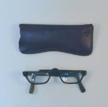 Image of 1989.59 - Eyeglasses with Case