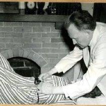 Image of 2014.66 - Frederick Millard Treating Patient