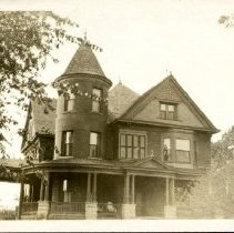 Image of 2015.03 - George Laughlin Residence Postcard
