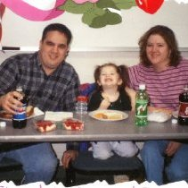 Image of 2011.98 - The Owens Family at Valentine Lunch Date