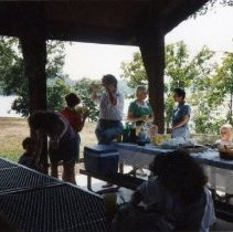 Image of 2011.98 - Group of SAA Members and Children at Welcome Picnic