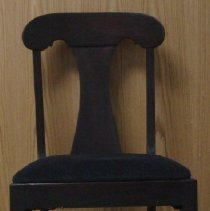 Image of 1995.12 - Dining Chair from the Still Family Home