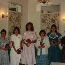 Image of 2011.98 - SAA Members at Senior Banquet