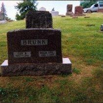 Image of 2009.62 - Guy B. and Delia Still Brunk Gravestone