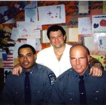 Image of David Abend with New York City Police