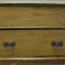 Image of 2016.47 - Surgical Chest Owned by George M. Laughlin