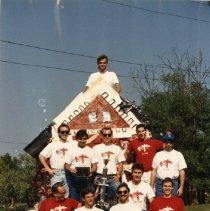 Image of 2011.50 - Atlas Club Members with Award Winning Parade Float