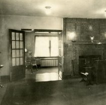 Image of 1985.1115 - Theta Psi Fraternity Living Room