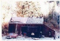 Image of Mary Olson Farm Barn - Print, Photographic