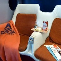 Image of Delta Convair 880 Club Compartment seat pair