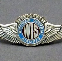 Image of Wisconsin Central Airlines Pilot Hat Badge - 1948-1952