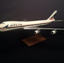 Image of Delta Boeing 747-132, N9896, Ship 101 Model Airplane - 1970-1977