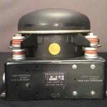 Image of Directional Gyroscope, side