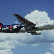 Image of The Spirit of Delta in 1996 Olympics Livery