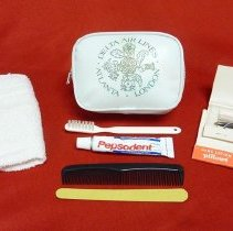 Image of Delta Atlanta-London Amenity Kit with Contents, 1978
