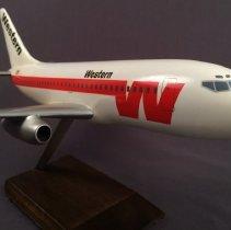 Image of Western Boeing 737-200, Model Airplane
