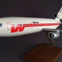Image of Western Airlines McDonnell Douglas DC-10-10 Model Airplane - 1973-1985