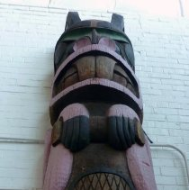 Image of Alaskan Chilkoot Totem Pole, middle and top sections
