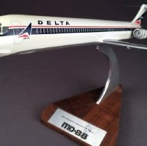 Image of Delta McDonnell Douglas MD-88, Model Airplane