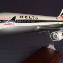 Image of Delta 767-200, Model Airplane