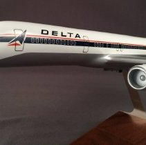 Image of Delta Boeing 757-200, Model Airplane