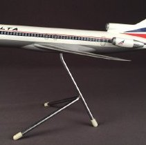 Image of Delta Boeing 727-200, Model Airplane