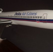 Image of Delta Boeing 727-200, N102DA, Model Airplane