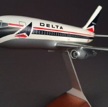 Image of Delta Boeing 737-200, Model Airplane
