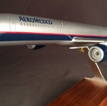 Image of Aeromexico Boeing 757-2Q8, N806AM Model Airplane - ca. 2000-2006