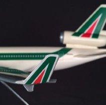 Image of Alitalia McDonnell Douglas MD-11, I-DADA, Model Airplane