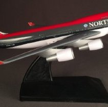 Image of Northwest Airlines Boeing 747-400, N661US Ship 6301, Model Airplane
