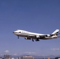 Image of Delta Boeing 747-132, Los Angeles - 04/02/1973