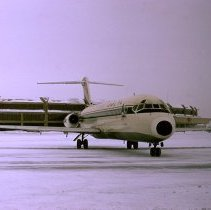 Image of Delta DC-9-32, at Kansas City - 12/31/1973