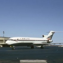 Image of New Delta Boeing 727-232, Ship 467, at Boston - 10/1973