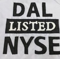 Image of DAL Listed NYSE Banner - 05/03/2007