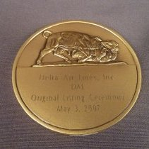 Image of DAL NYSE Listing Ceremony Commemorative Medal - 05/03/2007