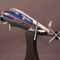 Image of Delta Golden Crown Douglas DC-7, N4871C, Ship 701, Model Airplane - ca. 1955-1968
