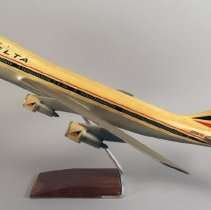 Image of Delta Boeing 747-132, N9896, Ship 101, Model Airplane - 1970-1977