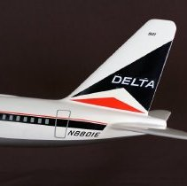 Image of Delta Convair 880, Model Airplane