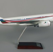 Image of Middle East Airlines Airbus A330-200, OD-MEA Model Airplane - ca. 2014