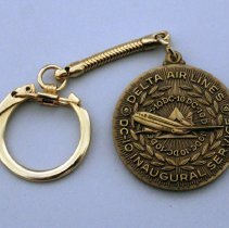 Image of Delta McDonnell Douglas DC-10 Inaugural Service Keychain - 12/15/1972