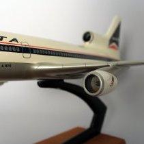 Image of Delta Lockheed L-1011-500 Model Airplane