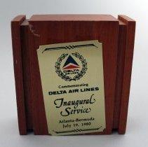 Image of Delta Atlanta-Bermuda Inaugural Plaque - 07/19/1980