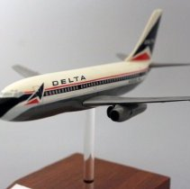 Image of Delta Boeing 737-232, N301DL Delivery Model Airplane - 1984
