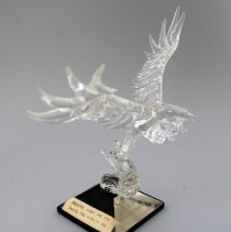 Image of Whit Hawkins' Eagle Figurine - 05/1991