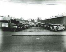 Image of 2009.15.6259 - Spratley-Rogers Ford Line-Up