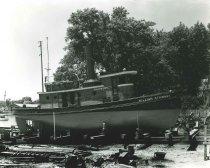 Image of 2009.15.6274 - Tug Boat, The William Stewart